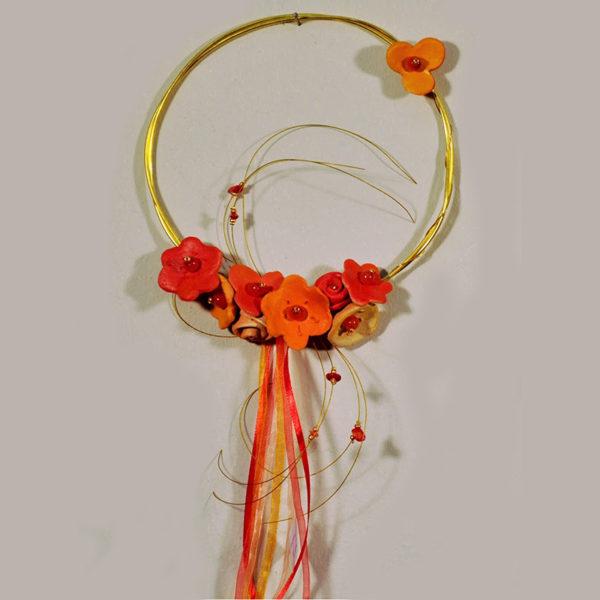 Χειροποίητο Στεφάνι Μπρούντζινο Με Κεραμικά Άνθη Φ16