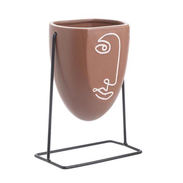 Επιτραπέζιο Κασπό 'Terracotta Face' Σε Μεταλλική Βάση 13x9x18, Inart