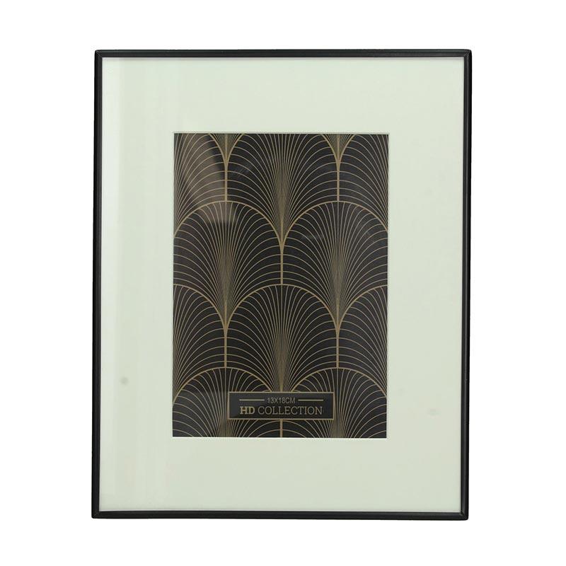 Επιτοίχια Φωτογραφοθήκη Σε Μεταλλική Μαύρη Κορνίζα 21x26 | ZAROS